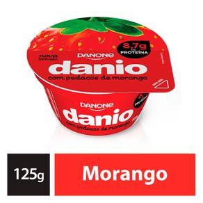 Iogurte-Danio-com-Calda-e-Pedaco-de-Morango-125-g
